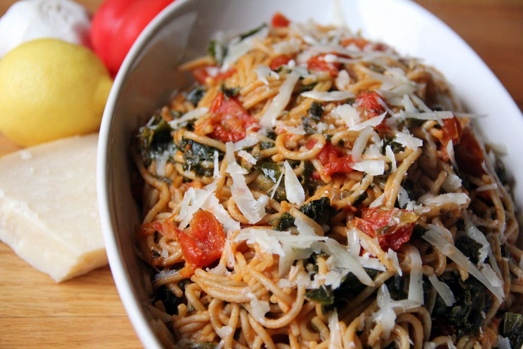 kale in tomato sauce with with fried kale tomato spaghetti can go down ...